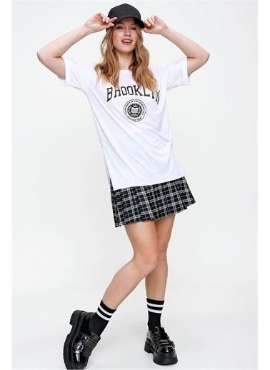 Pink Park Baskılı Yanı Yırtmaçlı Boyfriend T-Shirt HST0001 Beyaz